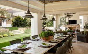 3 Tips to make your outdoor dining room more beautiful
