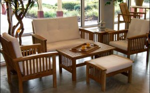 Teak furniture antique furniture that must be observed in the treatment