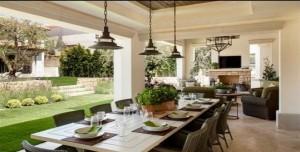 outdoor-dining-room