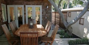outdoor-dining-room-element