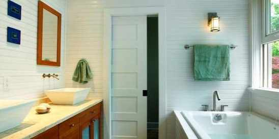bathroom-pocket-door